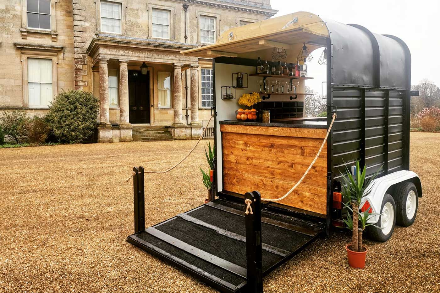 Mobile Bar Hire Horsebox